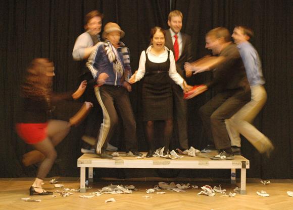 Rauf auf die Bühne, Foto: HausDrei