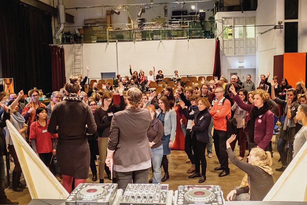 Partizipation wurde auch bei der Vorbereitung und der Durchführung der Tagung ernst genommen – offline und online, Foto: BKJ/Andi Weiland
