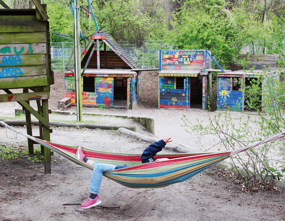 Zuhause auf dem Bauspielplatz Hexenberg, Foto: Christina Schäfer